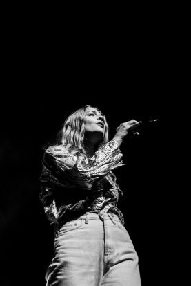 picsbydana-Maggie-Rogers-Fox-Theater-Oakland-17