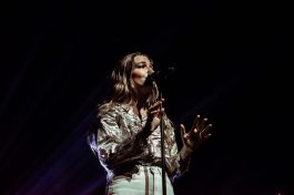 picsbydana-Maggie-Rogers-Fox-Theater-Oakland-40