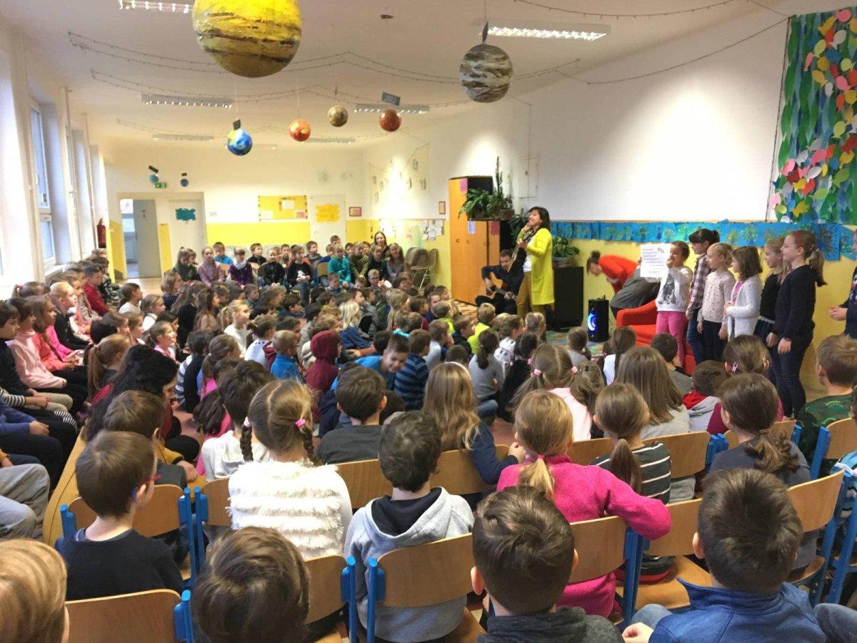 narnia-elementary-school