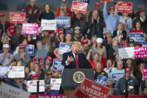 Trump revives fiery immigration talk for 'caravan ...