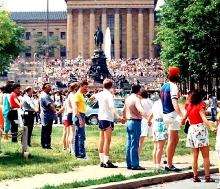Hands Across America - May 25, 1986