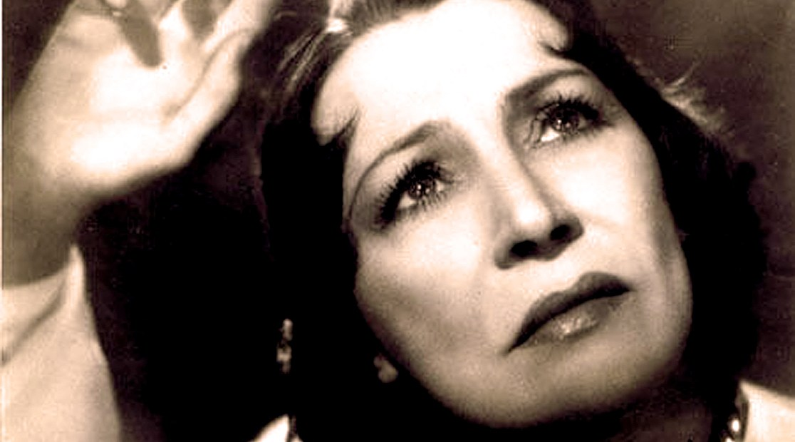 Mme. Damia - Pathos personified