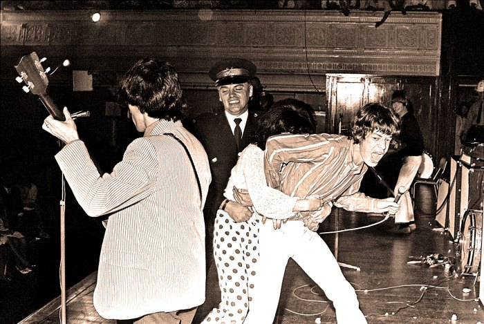 Mick and Fan - 1966 Tour
