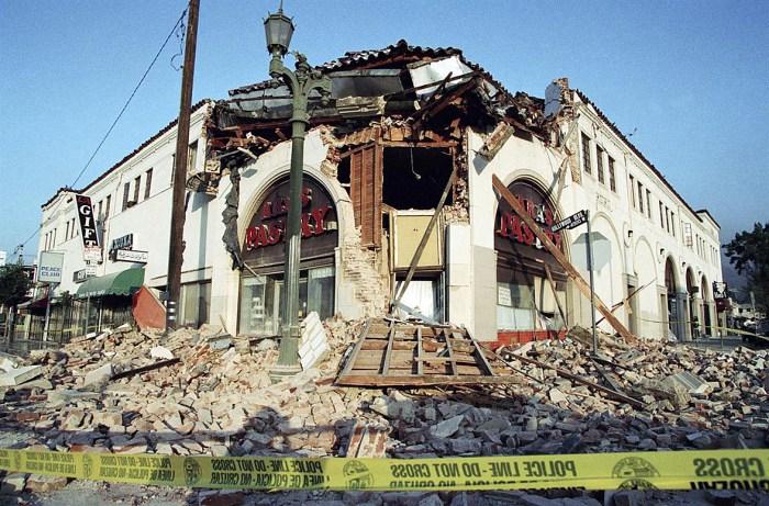 L.A. Earthquake 1994 - aftershocks