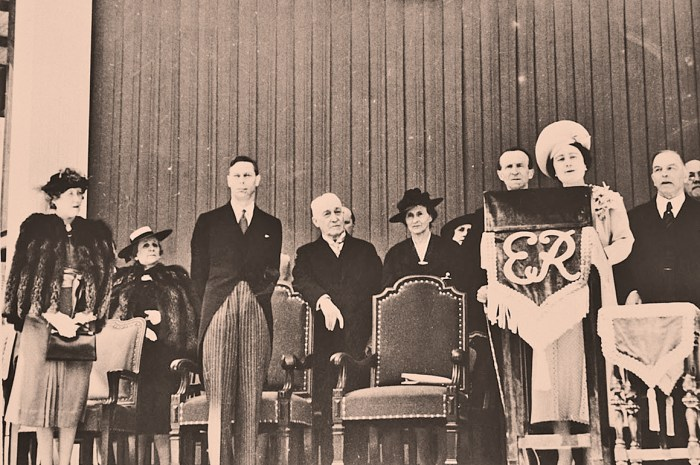 Queen Elizabeth - Cornerstone laying - 1939