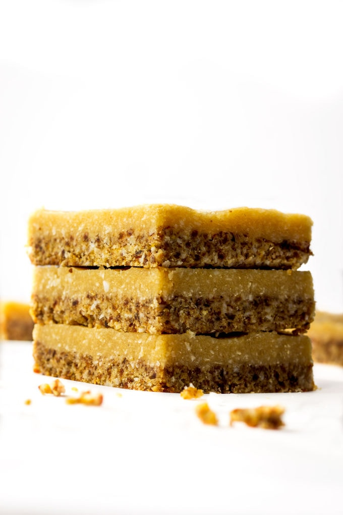 A Healthy No-Bake Vegan Vanilla Slice. This delicious, guilt-free, melt in your mouth dessert is smooth, creamy, naturally sweetened and made with real food! Paleo, Vegan, Gluten-Free, Dairy-Free! | onecleverchef.com