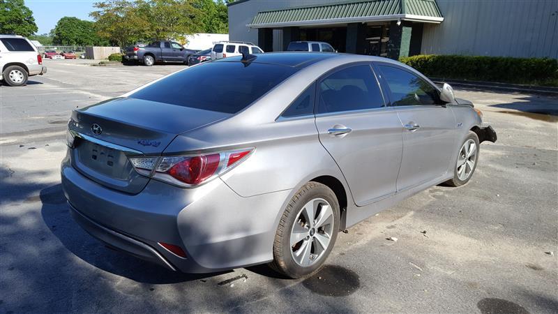 Used Coolant Pump For Sale For A 2013 Hyundai Sonata