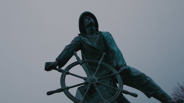 A statue of a sailor in Gloucester, Massachusetts