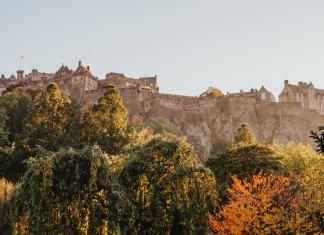 Literary guide to Edinburgh, home to Edinburgh Castle
