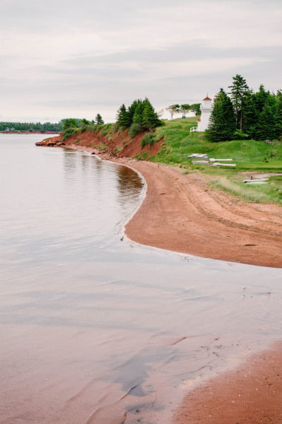The red sandy coast of prince edward island.
