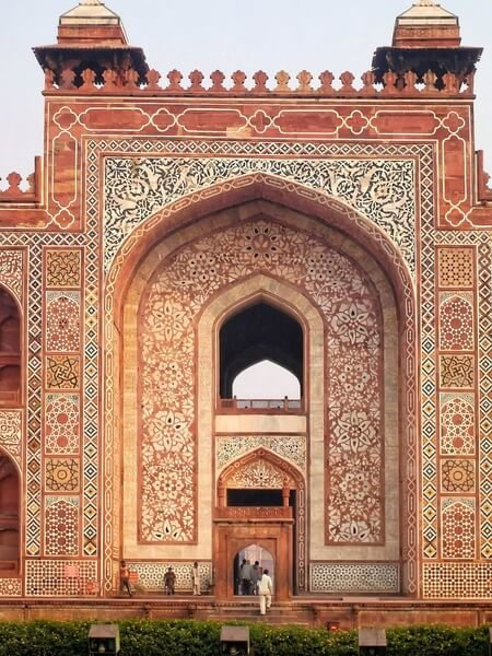 tomb of mughal emperor akbar the great