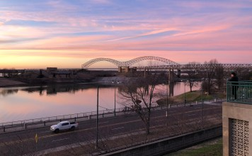the mississippi river in memphis