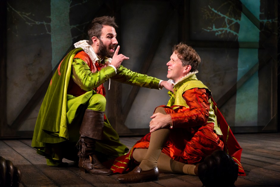 Huntington Theatre Brings Back 'Hamlet' with a Twist in 'Rosencrantz and Guildenstern are Dead'