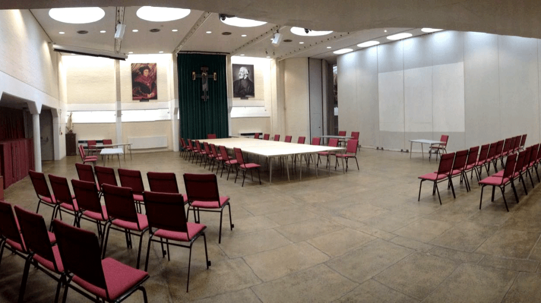 The Newman Room (Part 1) can seat 250 comfortably, considerably more standing, with acoustic doors, staging units, Bluthner Grand Piano, Organ, Projector, Power Screen all linked to wifi and satellite. Additional requirements for Catering and IT can be obtained.