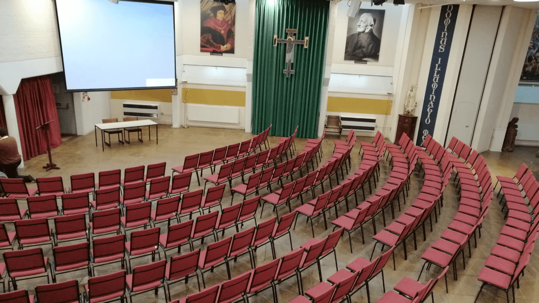 The Newman Room can seat 500 comfortably, considerably more standing, with acoustic doors, staging units, Bluthner Grand Piano, Organ, Projector, Power Screen all linked to wifi and satellite. Additional requirements for Catering and IT can be obtained.