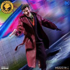Mezco-Joker-9