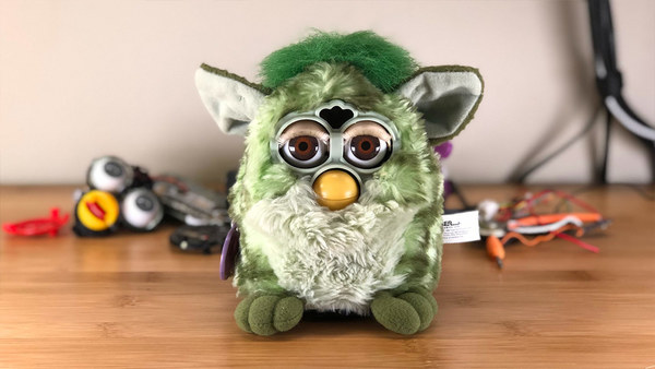 This guy turned a Furby into an Amazon Echo and you probably will want this on your desk