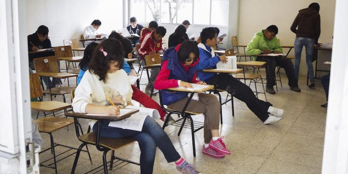 SACA LA MOCHILA: INICIAN CLASES EN UNIVERSIDADES