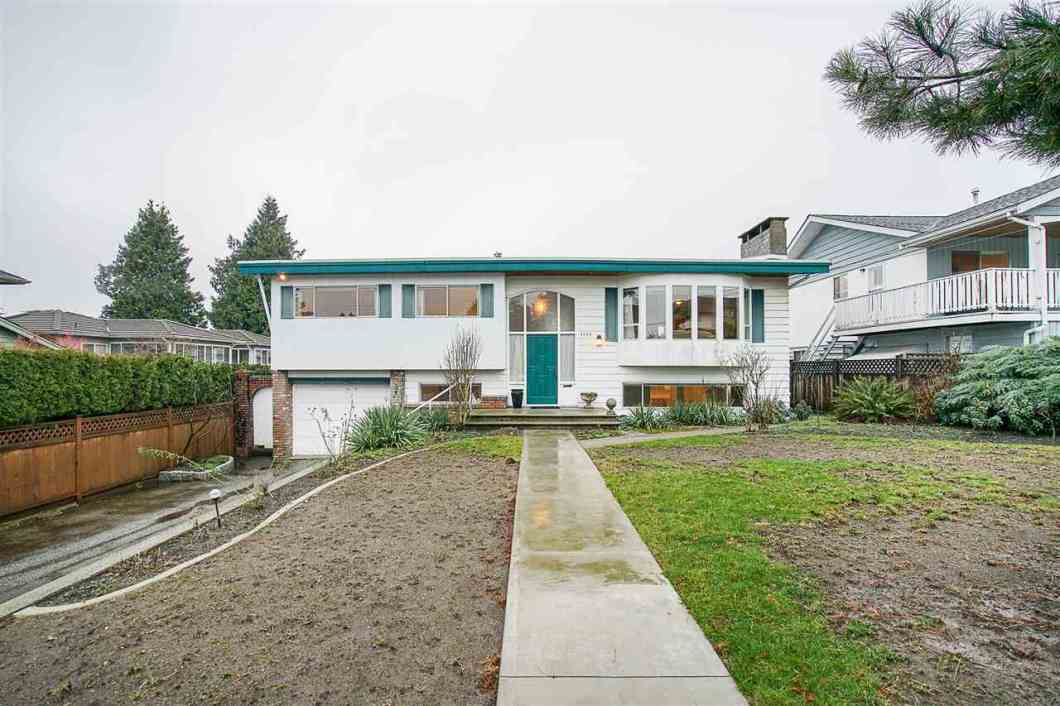 Open House: Saturday February 24, 2-4pm. 1970 Burnaby Special in Prime Parkcrest location on a 60 x 132 lot. 1488 sqft on main with 1217 sqft on lower level. 5 bdrms, 2 full baths, 2 kitchens. Home is in original condition on main, updated on lower level, 26x23 sundeck, 22x11 workshop, 2 f/p, steps to Parkcrest Elementary School, close to Aubrey French Immersion and Burnaby North High School. Holdom Skytrain is 10 mins walk or 2 mins by bus. Short drive to transit to SFUniversity.