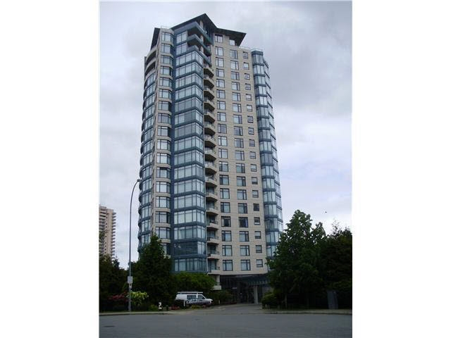 Great location. Right beside Westin Element Hotel. Cross street from Crystal Mall, Old Orchard Mall, 2 blocks from Metrotown Mall, convenient distance to shopping, restaurants, transportation, and quick access to everything you need to pursue a higher level of living. Very well-kept 2 bedrooms, 2 wash rooms, 1 parking stalls, 1 locker. All measurements approximate; buyer or buyer's agent to verify if important. Open house by appointment only on Sat/Sun March 17th & 18th 2:00-4:00 pm and take offer on Monday March 19th before 3:00pm.