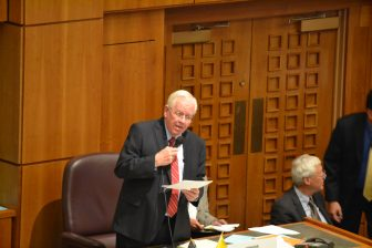 Sen. John Arthur Smith, D-Deming, presenting a bill on the Senate floor during the 2016 special session.