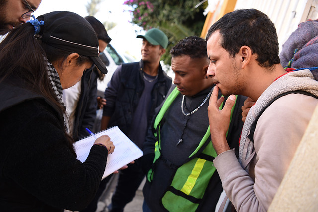 The grassroots groups helping asylum-seekers on the border