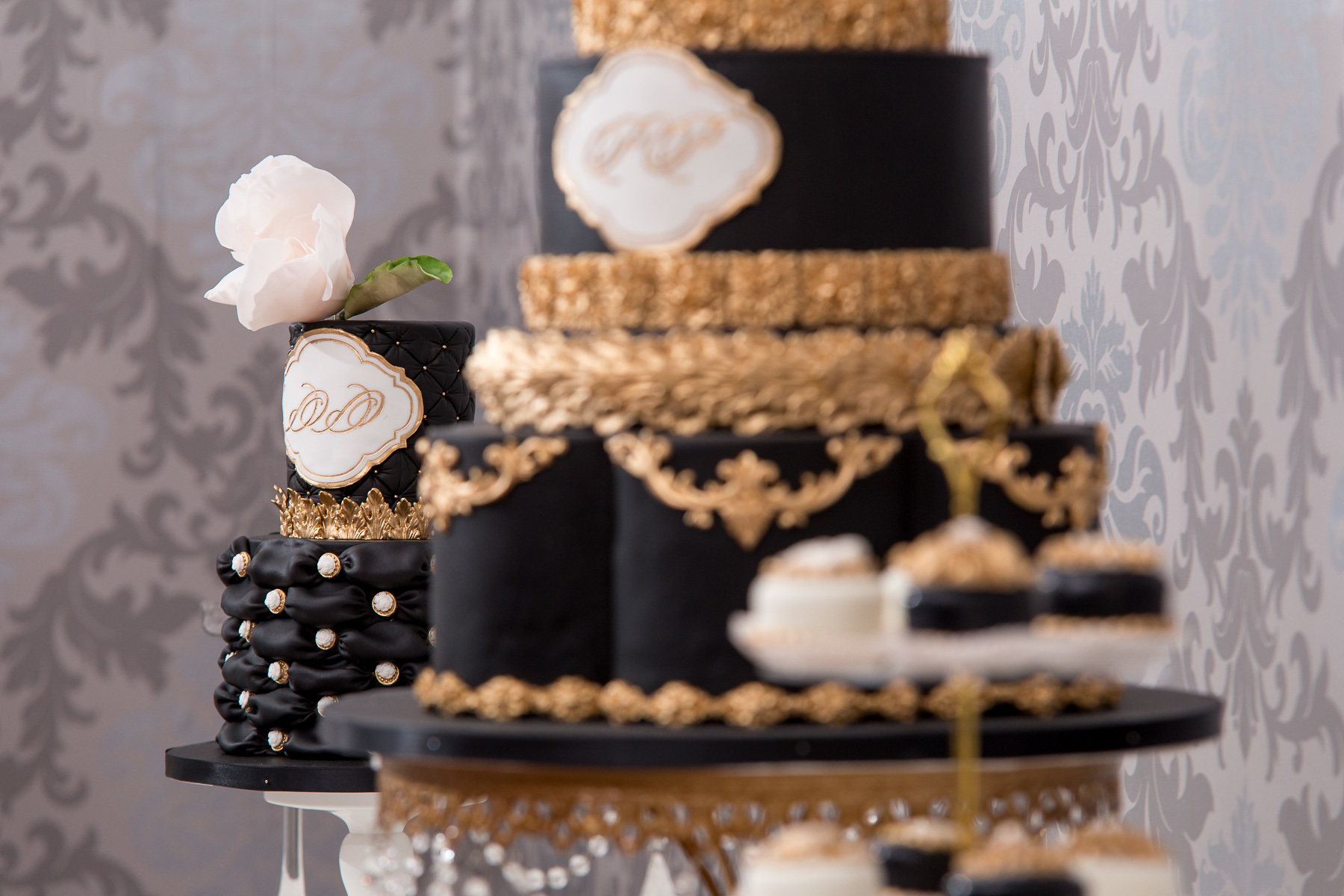 Black Wedding Cakes   Satin Ice Black with Gold Leaf