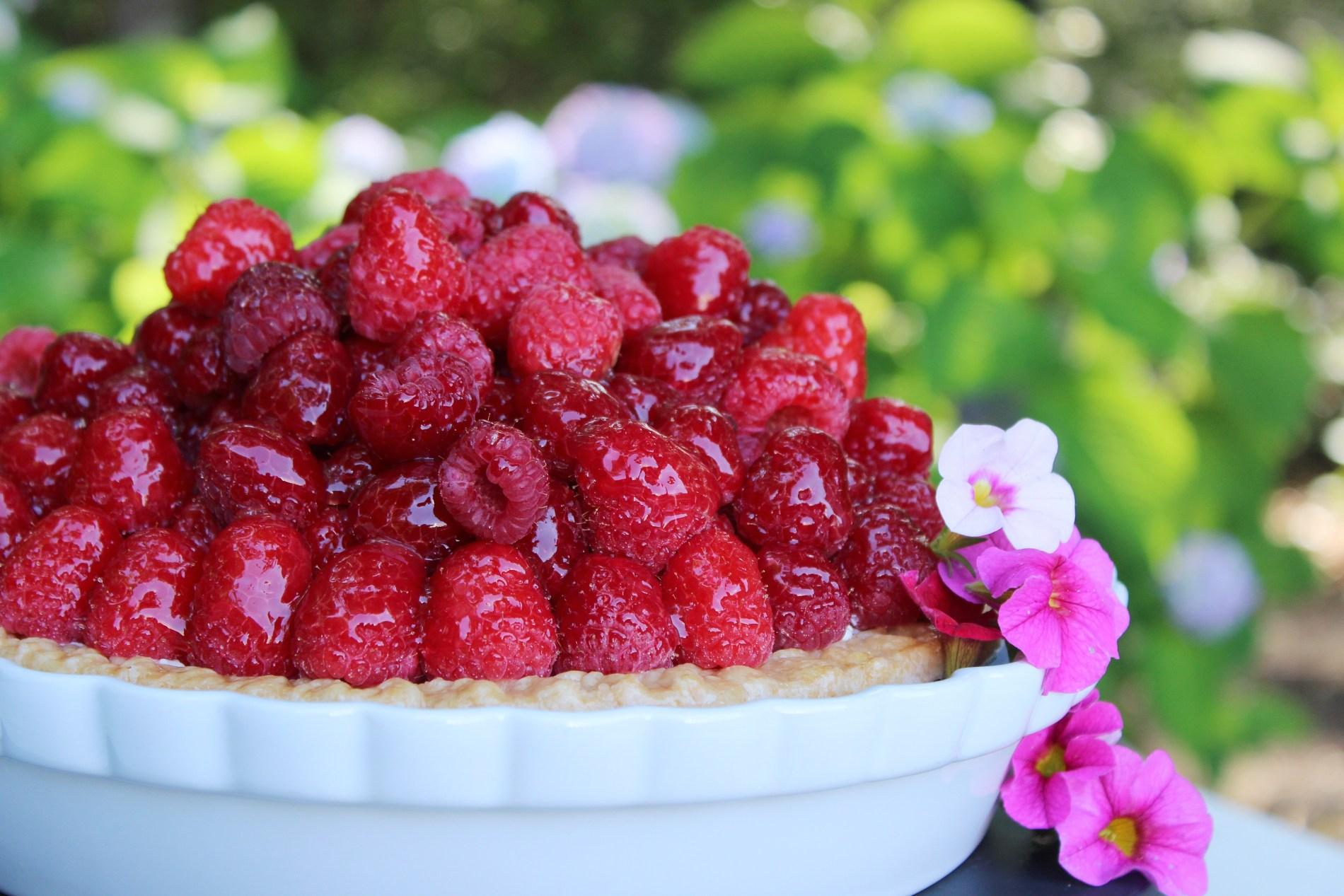 Mile High Raspberry Sour Cream Pie