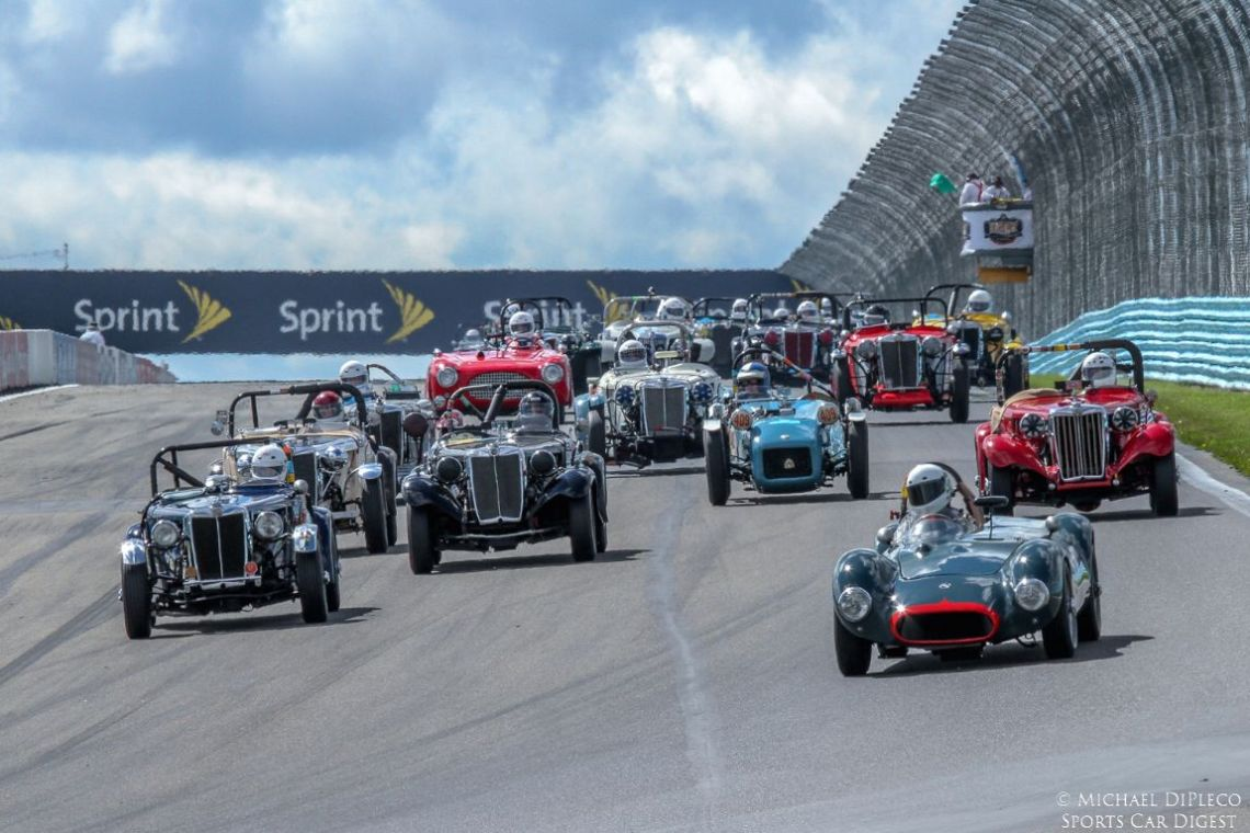 Start of the Collier Cup Races (photo: Wayne Kessler)