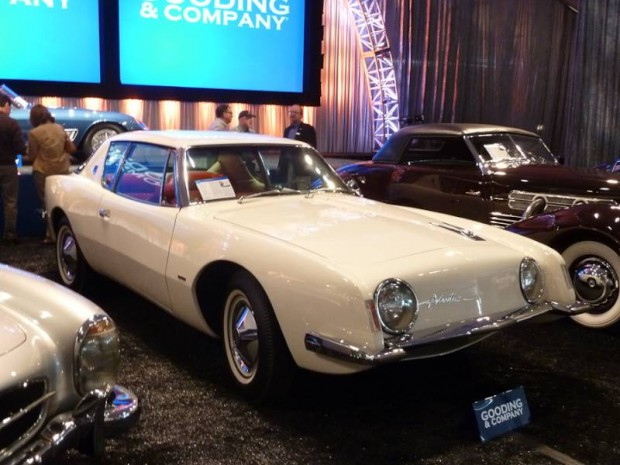 1963 Studebaker Avanti R2 Coupe