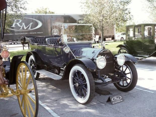1913 Cadillac Model 30 5-Passenger Touring