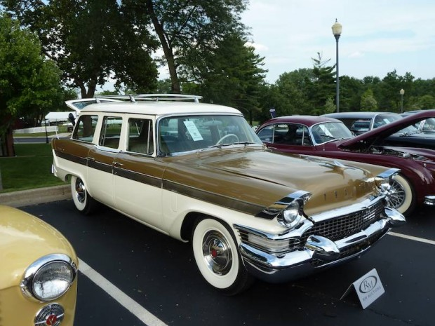 1957 Packard Clipper Country Sedan
