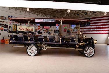 1912 Packard Sightseeing Bus