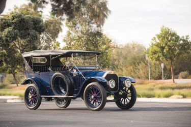 1913 Pierce-Arrow Model 48-B-1 Five-Passenger Touring (photo: Darin Schnabel)