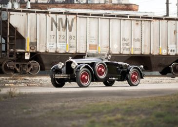 1927 Stutz Vertical Eight Black Hawk Custom Two-Passenger Speedster (photo: Drew Shipley)