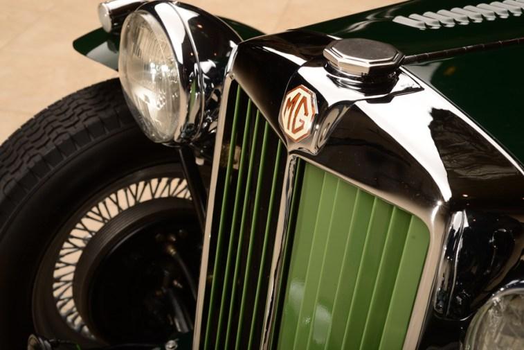 vintage race Barrett-Jackson