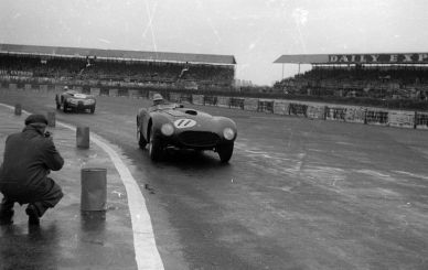 1954 Ferrari 375 Plus 0384 AM winning at Silverstone with Froilan Gonzalez (photo: Spitzley Collection)