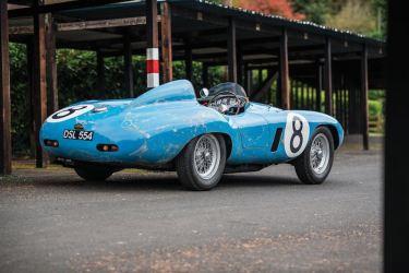 1955 Ferrari 500 Mondial (photo: Remi Dargegen)