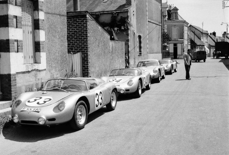 porsche at le mans in the 1960s history photos profile. Black Bedroom Furniture Sets. Home Design Ideas