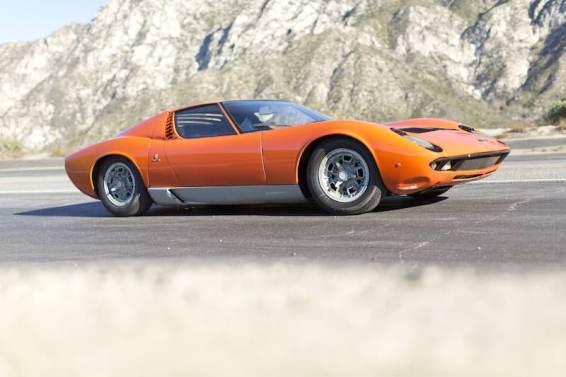 1967 Lamborghini Miura P400 (photo: Pawel Litwinski)
