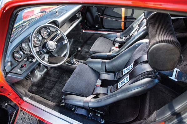 1969 Porsche 911 S Interior (photo: Simon Clay)