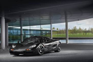 1998 McLaren F1 chassis 069