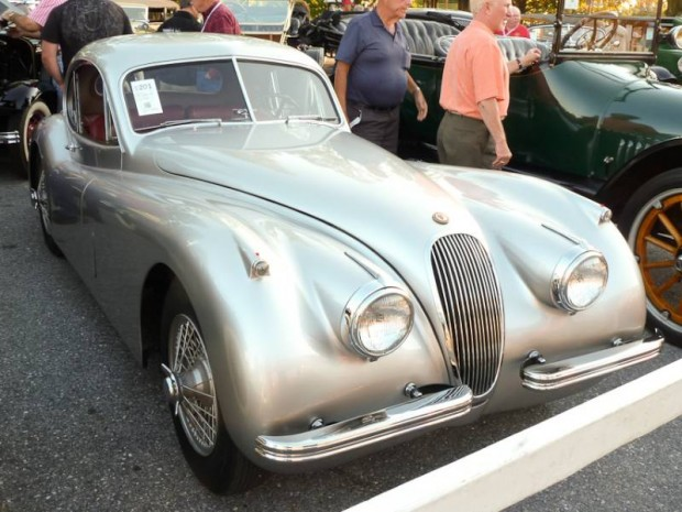 1953 Jaguar XK 120SE Fixed Head Coupe