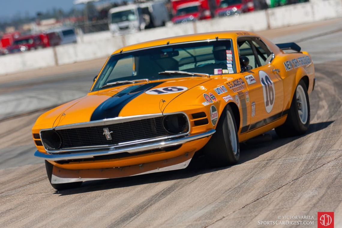 Catching the back end... Jim Hague in the 1971 Ford Mustang Boss 302
