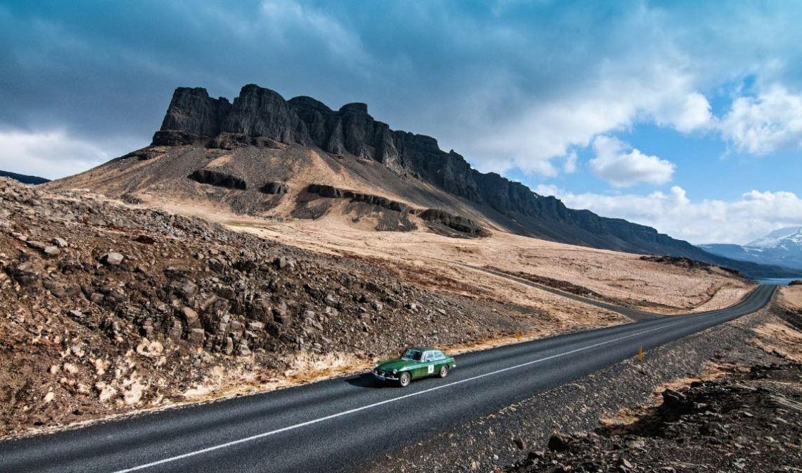 1974 MG B GT V8