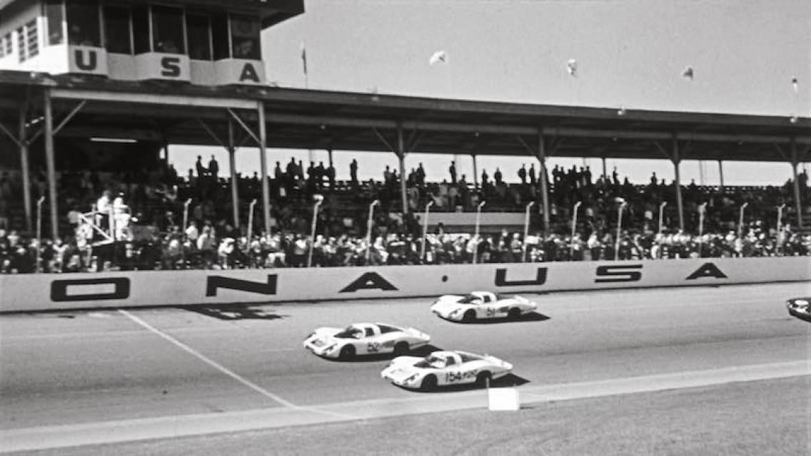1968 Porsche 907 LH at Daytona 24 Hours