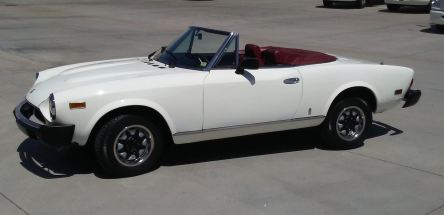 1980 Fiat Spider 2000 (Russo and Steele)