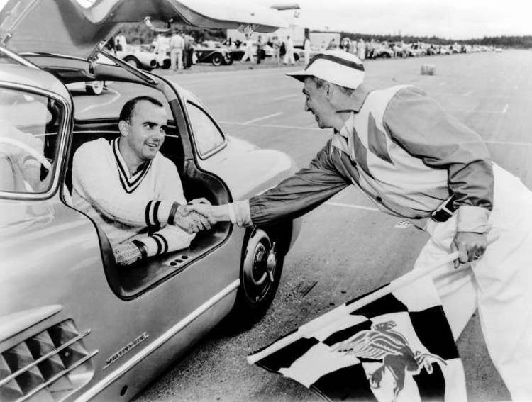 In 1956, Paul O'Shea won the US Sports Car Championship for the second time in a row driving the Mercedes-Benz 300 SL touring sports car. The photo was taken in the 1955 season, in which he competed already driving the W 198