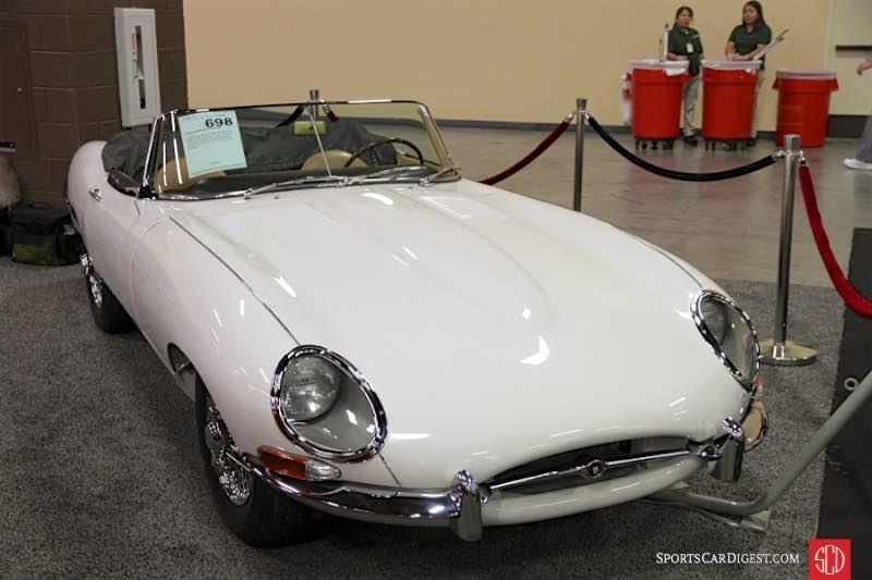 1962 Jaguar XKE SI flat floor Roadster