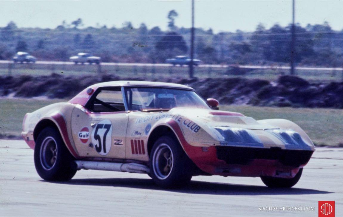 30a-1971-Sebring-Vette-Breslauer.jpg